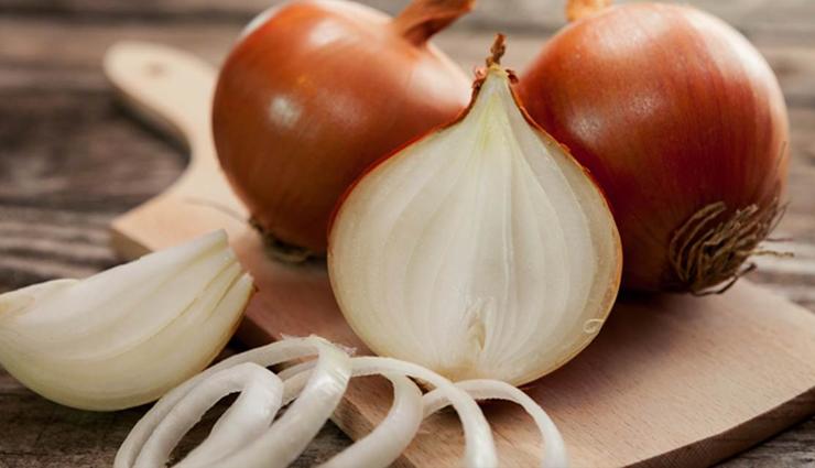 onion,onion hair mask,onion hair mask for hair growth,hair care tips,hair growth,beauty,beauty tips ,प्याज का रस बालों के लिए