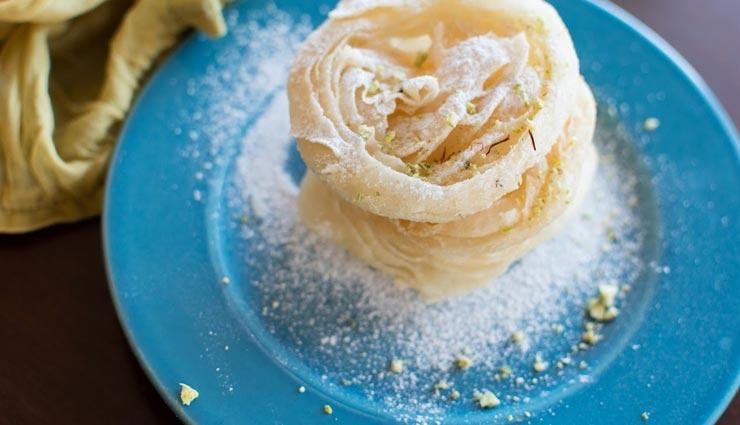 तमिलनाडु की स्पेशल डिश है 'पाधिर पेनी', घर पर बनाए बड़ी आसानी से #Recipe