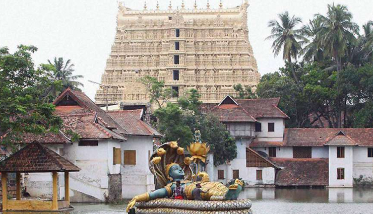 mystery about padmanabhaswamy temple,padmanabhaswamy temple,seventh gate of padmanabhaswamy temple,treausre at seventh gate of padmanabhaswamy temple,weird story,trivandrum