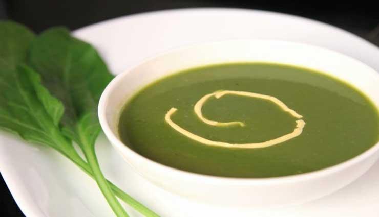 'पालक गार्लिक सूप', ठण्ड में स्वाद के साथ देगा सेहत #Recipe