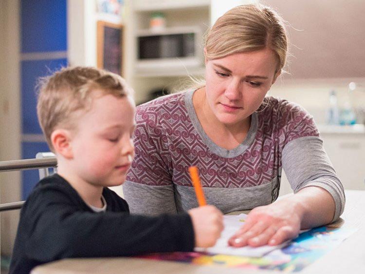 tips for parents,kids education tips ,बच्चों की पढ़ाई, बच्चों को सीख, पेरेंटिंग टिप्स, बच्चों को पढ़ाने के तरीके