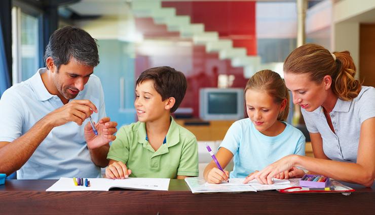 बच्चों की पढ़ाई को आसान बनाना बड़ों की जिम्मेदारी, इन टिप्स की मदद से बनाए इसे मजेदार