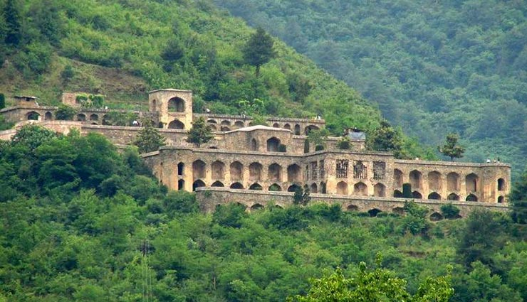 tourist places,indian tourist places,summer tourist places,srinagar tourist places ,पर्यटन स्थल, भारतीय पर्यटन स्थल, गर्मियों के पर्यटन स्थल, श्रीनगर के पर्यटन स्थल,