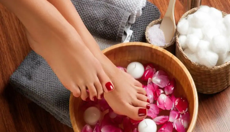 7 Easy Steps To Do Salon Like Pedicure at Home