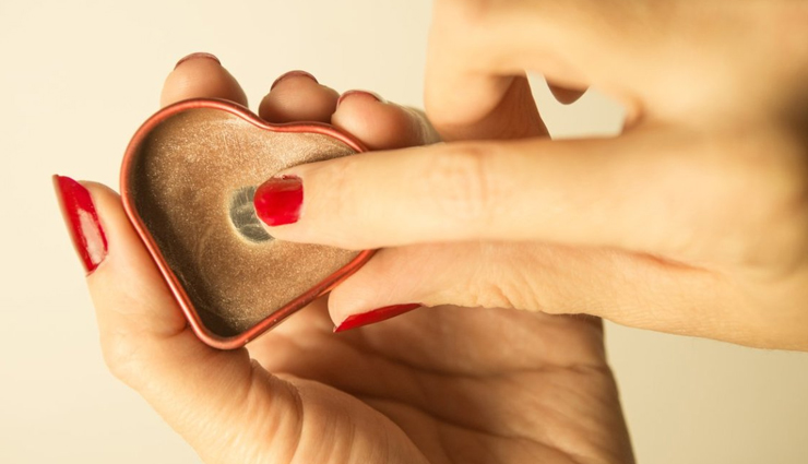 moisturize the rough and damaged skin,tips to moisturize dry hands,beauty tips,skin care tips,hands moisturization