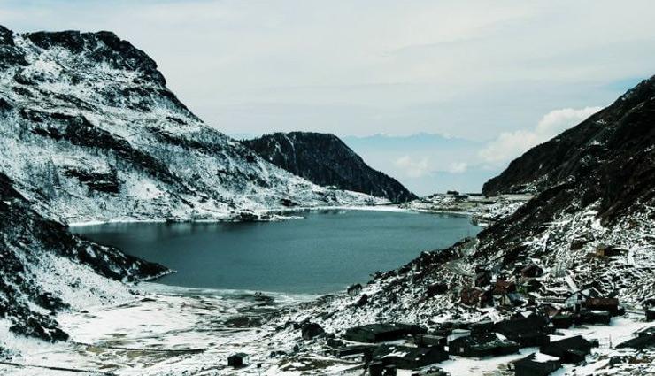 अपनी ख़ूबसूरती के लिए प्रसिद्द है सिक्किम के ये 5 पर्यटन स्थल, करें यहाँ घूमने की तैयारी