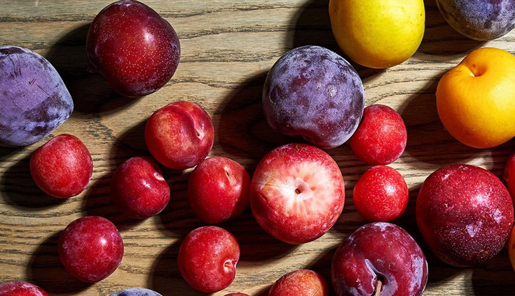6 Brizzare Beauty Benefits of Plums