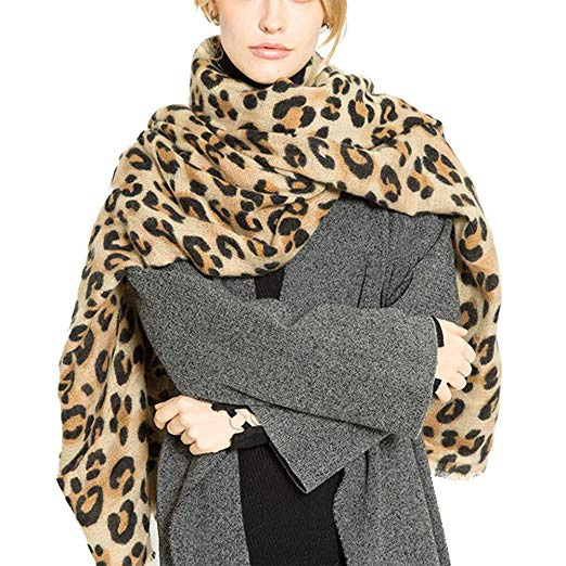 solid colored blanket scarf,printed blanket scarf,oversized blanket scarf,blanket scarf,fashion tips,winter fashion tips