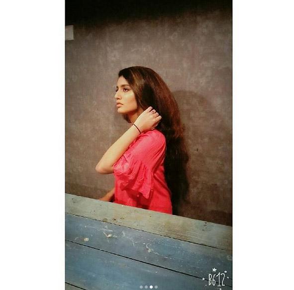 priya prakash varrier,hot pics of priya prakash varrier,latest internet sensation,entertainmnet news ,प्रिया प्रकाश वारियर,प्रिया प्रकाश वारियर की हॉट तस्वीरे,प्रिया प्रकाश वारियर की वायरल तस्वीरे