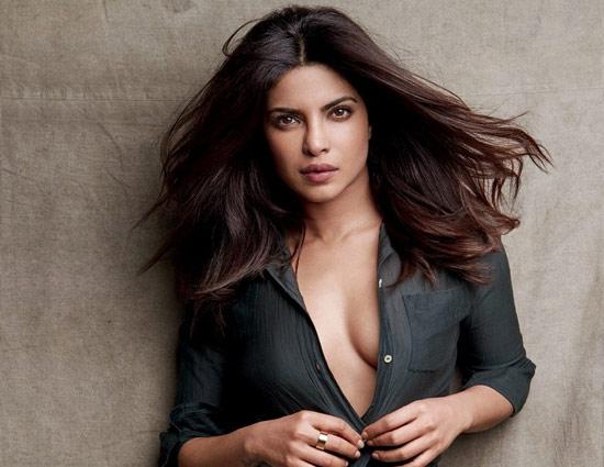 a96d02b4cc 5 Beauty Secrets of Desi Girl- Priyanka Chopra - lifeberrys.com