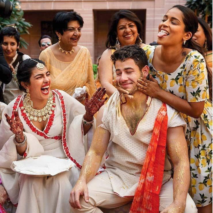priyanka chopra,nick jonas,haldi ceremony,haldi ceremony photos ,प्रियंका चोपड़ा,निक जोनस,हल्दी सेरेमनी,फोटो वायरल