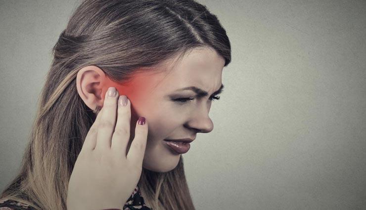 कान की इन 4 समस्याओं का रामबाण इलाज है लहसुन का रस, जानें इस्तेमाल करने का तरीका