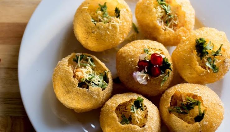 sukha puri chaat,street food,puri chaat recipe,easy recipes,hunger struck,food