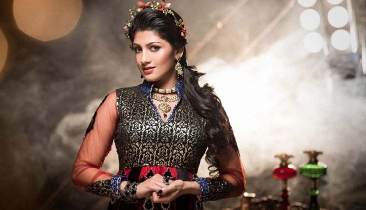 27 साल छोटी हैं कुमारस्वामी की वाइफ, खूबसूरती के मामले में बॉलीवुड अभिनेत्रियों से कम नहीं