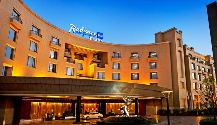 luxurious hotels near delhi airport,the dusit devarana,lemon tree premier hotel,the umrao,radisson blu plaza,the uppal ,હોટેલ્સ