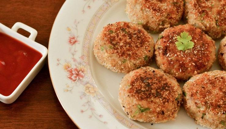 दिवाली स्पेशल : अवधी डिश है कच्चे केले की टिक्की, ले इसका कुरकुरा स्वाद #Recipe
