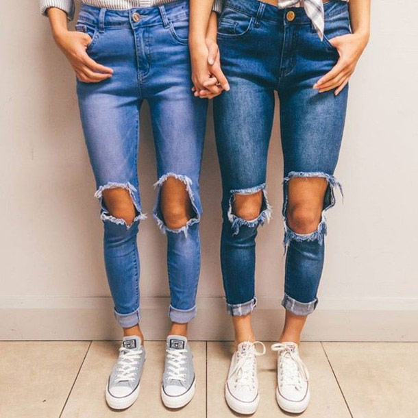 regular pair of jeans,stylish jeans,jeans fashion tips,fashion tips for woman,latest trending jeans,woman fashion