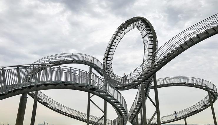 weird news,weird information,invention of roller coaster ,अनोखी खबर, अनोखी जानकारी, रोलर कोस्टर का अविष्कार