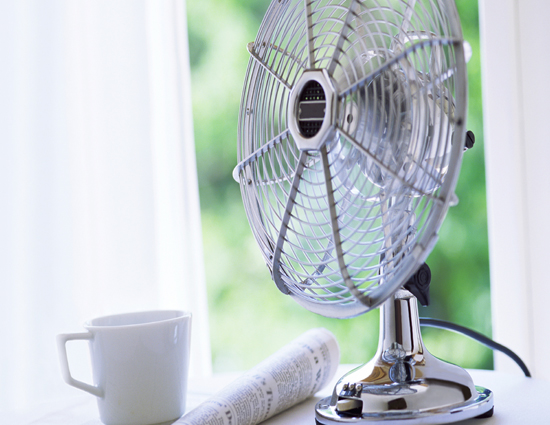 household tips,summers,5 ways to keep room cool in summers,ways to beat summer heat without ac,how to keep room cool in summers