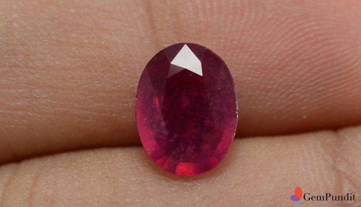 11 Benefits of Wearing Ruby Stone (Yaqoot Stone)