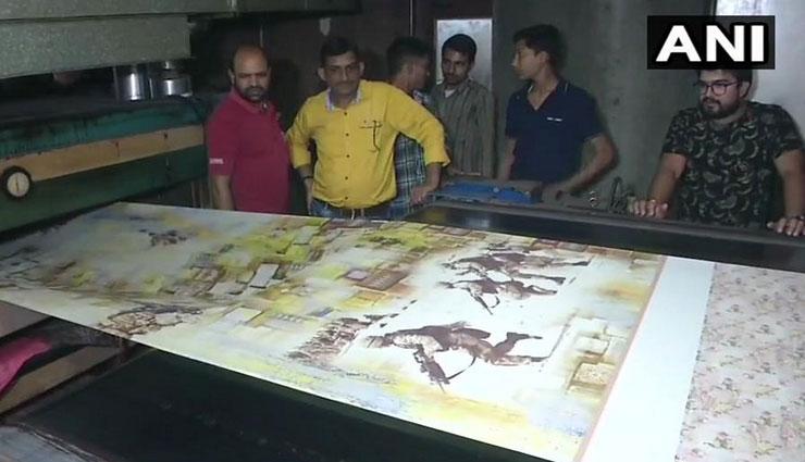 पुलवामा हमला: शहीदों के परिवारों की मदद का अनूठा तरीका, साड़ियों पर इंडियन आर्मी की शौर्य गाथा