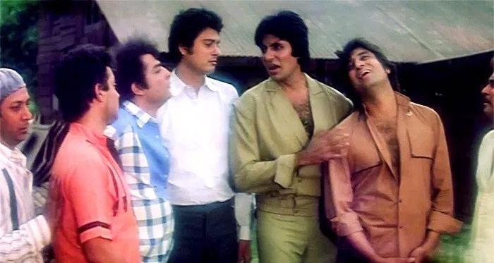 satte pe satta remake,rohit shetty,farah khan,amitabh bachchan,Hema Malini,deepika padukone,entertainment,bollywood news ,सत्ते पे सत्ता,सत्ते पे सत्ता का रीमेक,रोहित शेट्टी,फराह खान,अमिताभ बच्चन,हेमा मालिनी,दीपिका पादुकोण,बॉलीवुड,बॉलीवुड खबरे हिंदी में