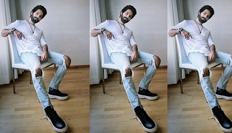 styling tips,stylish looks,shoes,right choice of shoes,sneakers,boots,jeans,fashion tips,fashion trends,fashion tips for boys ,फैशन टिप्स फॉर बॉयज, जूते, जीन्स, स्टाइल टिप्स
