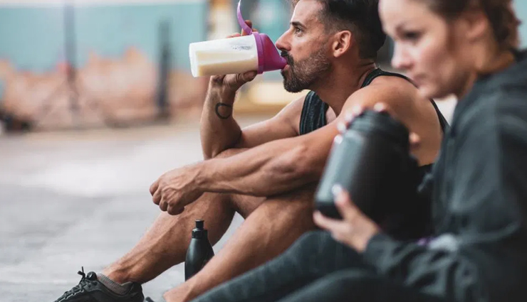 7 Shakes That You Can Replace With Meals For Weight Loss
