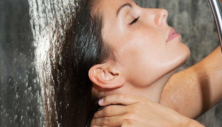 beauty tips,beauty tips in hindi,mistakes during shampoo,shampoo harmful for hair ,ब्यूटी टिप्स, ब्यूटी टिप्स हिंदी में, शैम्पू के टिप्स, शैम्पू के दौरान गलतियां, शैम्पू से बालों को नुकसान