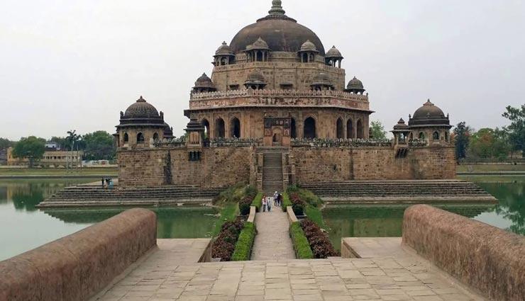 tourist places,indian tourist places,tombs of india,beautiful places ,पर्यटन स्थल, भारतीय पर्यटन स्थल, भारतीय मकबरे, खूबसूरत जगहें