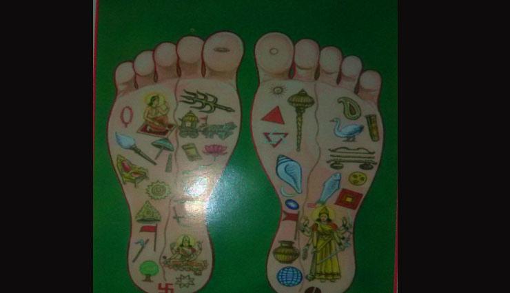 राम के पग तलवे में अंकित है ये चिन्ह, जानें कहाँ से आए