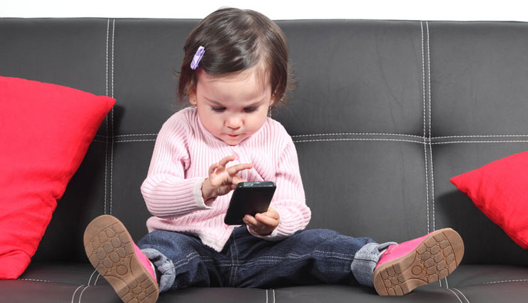 side effects of phones,side effects of phones on child,child care tips,parenting tips