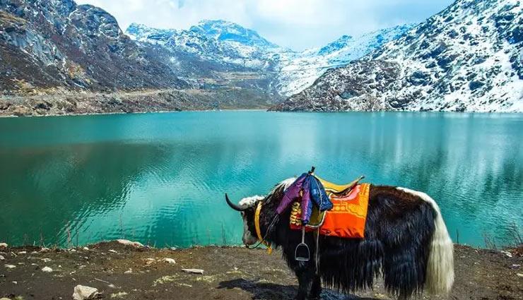 पहाड़ों से घिरा है सिक्किम, जानें यहां देखने लायक जगहों के बारे में