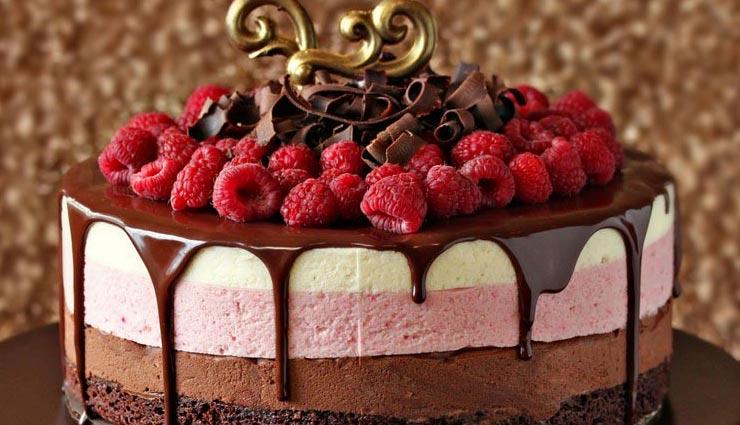 Valentine Special 2019: मिनटों में तैयार होगा यह केक, बनाएगा आपके दिन को स्पेशल #Recipe