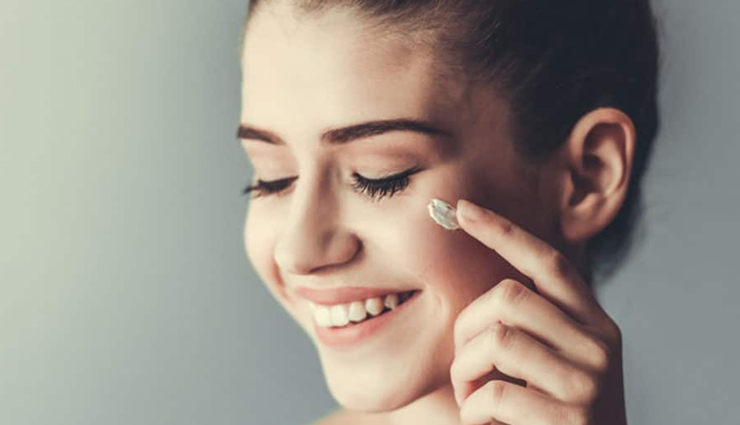 benefits of using avocado for skin,avocado for skin,beauty tips,beauty hacks,skin care tips