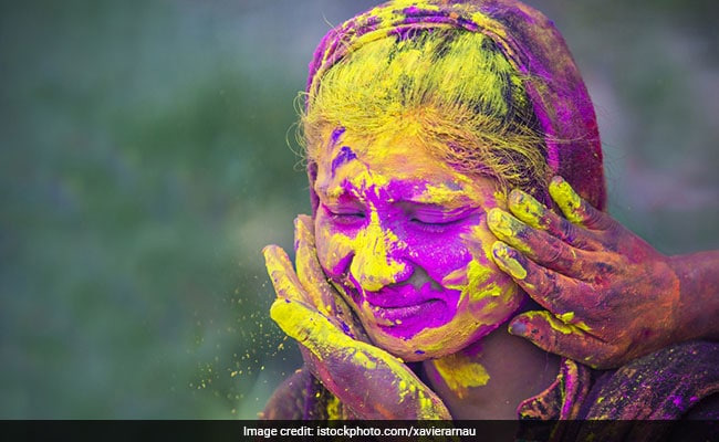 holi 2019,holi colors,skin damage fromholi colors,beauty tips,skin care tips