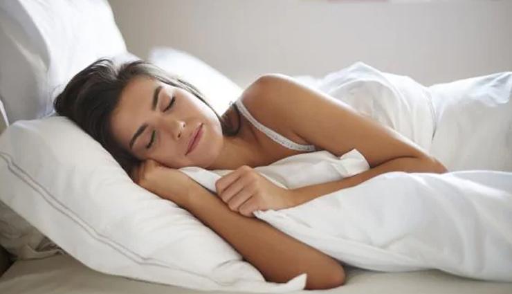 beauty benefits of sleeping,benefits of sleeping on skin,skin care tips,beauty tips,summer tips