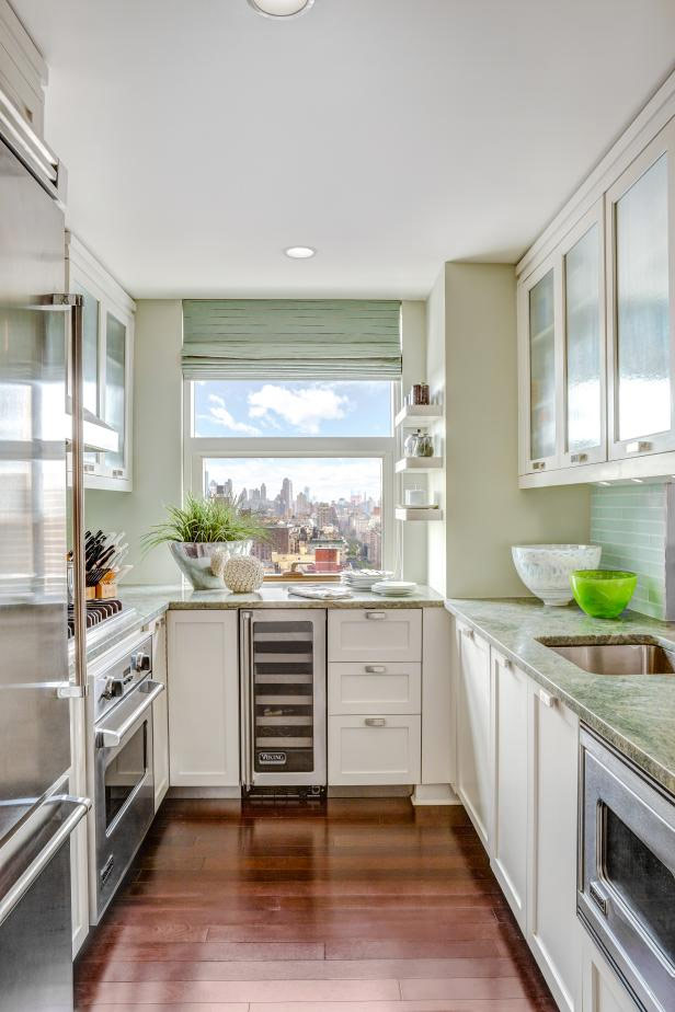 small kitchen hacks,tips to keep small kitchen organized,kitchen organized hacks,kitchen hacks,household tips