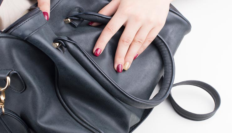 leather bags,leather bags tips,leather bags care tips,home tips ,लेदर बैग, लेदर बैग के टिप्स, लेदर बैग की देखभाल, लेदर बैग का इस्तेमाल