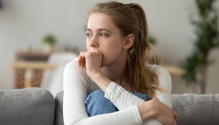 anxiety,social anxiety,signs of social anxiety,relationship,relationship tips
