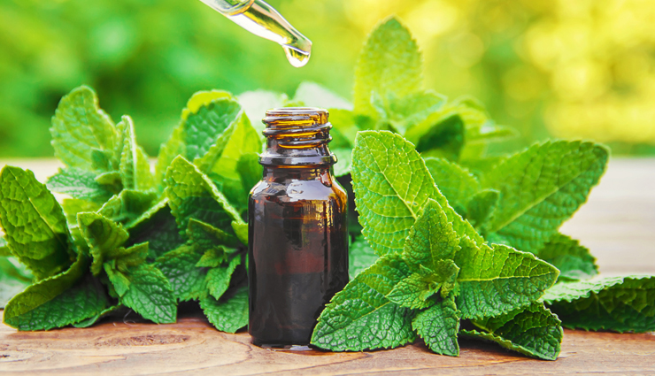 lavender essential oil,rosemary essential oil,thyme essential oil,ginger essential oil,eucalyptus essential oil,peppermint essential oil,helichrysum essential oil,sandalwood essential oil,essential oils,essential oils to treat muscle pain,muscle pain treatment,Health tips,fitness tips