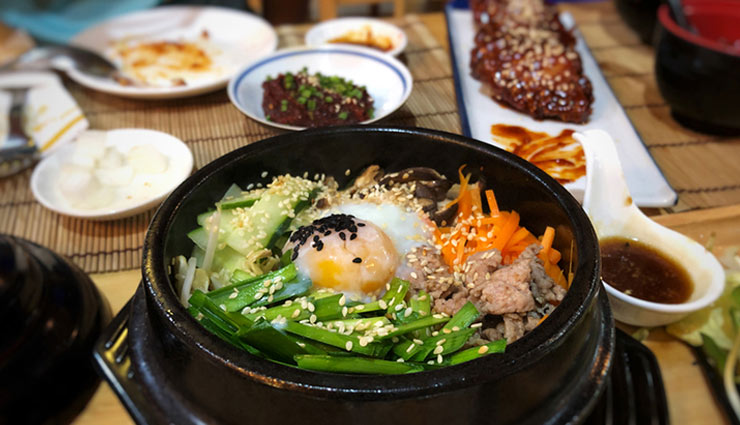 south korea,famous south korean food,hoeddeok,bulgogi,samgyeopsal,japchae,kimchi