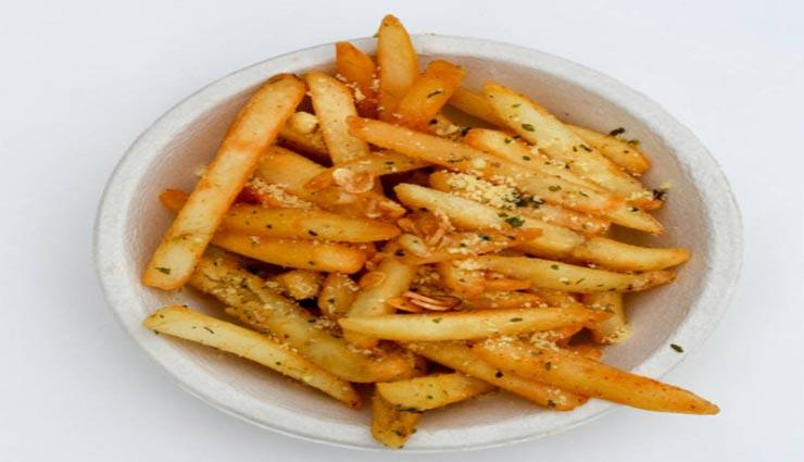 chili garlic potato recipe,recipe,potato recipe,snacks recipe,special recipe ,चिली गार्लिक पोटैटो रेसिपी, रेसिपी, पोटैटो रेसिपी, स्पेशल रेसिपी, स्नैक्स रेसिपी