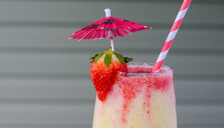 Recipe- Make Your Summer Day Refreshing With Strawberry Colada Smoothie