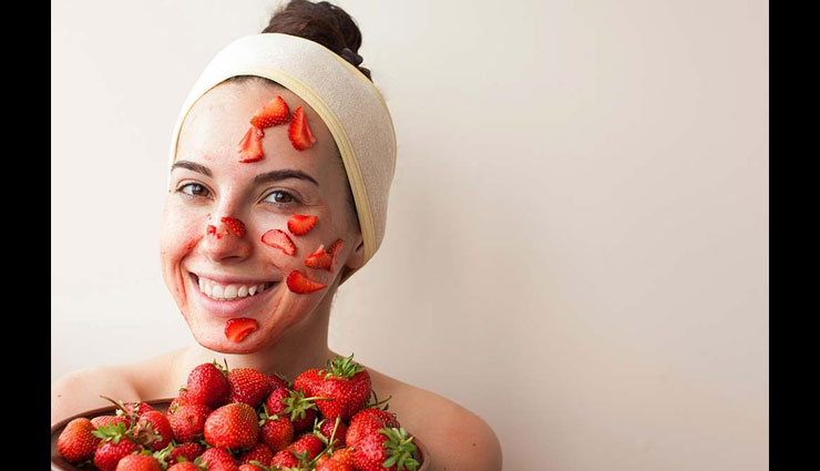 5 Home Made Strawberrys Face Mask For Glowing Skin Lifeberrys Com