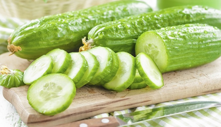 cucumber,potato,cool showers,green tea,baking soda,yogurt,moisturizer,home remedies,home remedies,home remedies to treat sunburn,sunburn,skin care tips,beauty tips,summer tips
