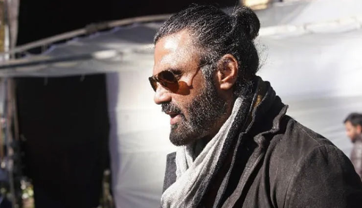 PICS- Suniel Shetty's first look from Rajnikanth starrer Darbar will remind you of 'Main Hoon Na'