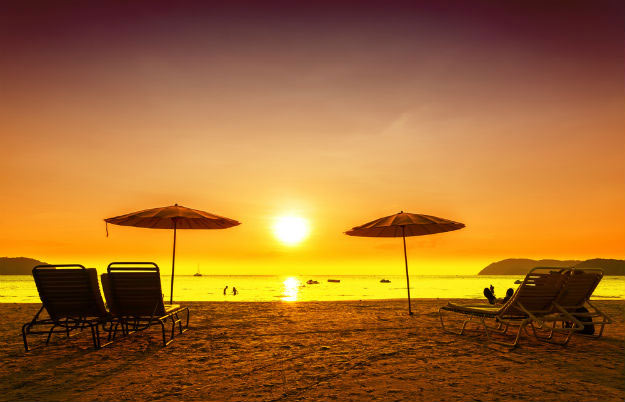 sunset and sunrise in india,india,places to visit in india,sunset point in india,sunrise point in india ,कन्याकुमारी , टाइगर हिल, दार्जिलिंग, कोवलम, केरल , माउंट आबू, राजस्थान , माउंट आबू, राजस्थान , ताजमहल, आगरा, वाराणसी, यूपी ,  नंदी हिल्स, कर्नाटक,ट्रेवल,सूर्योदय ,सूर्यास्त