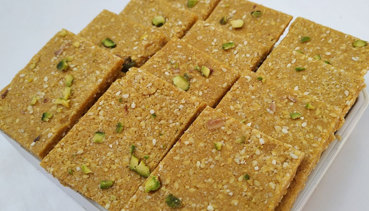 famous sweets of agra,agra,desserts of agra,petha,gajak and chiki,ghewar,laddoos