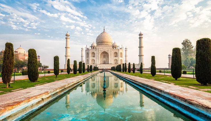 things you must do in india,india tourism,tourist places in india,the taj mahal agra,tiger safari at national park,beaches of goa,travel guide,travel tips,holidays